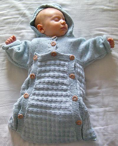 Her kan du finde en smart body til din baby i en lækker blød kvalitet til en fornuftig pris. Mange fine farver, mønstre og print.