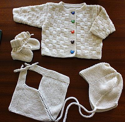 gratis strikkeopskrift baby bukser